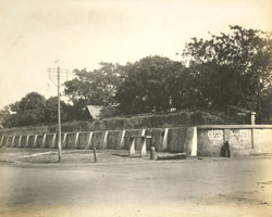 East end of wall used as a water cistern, Madras